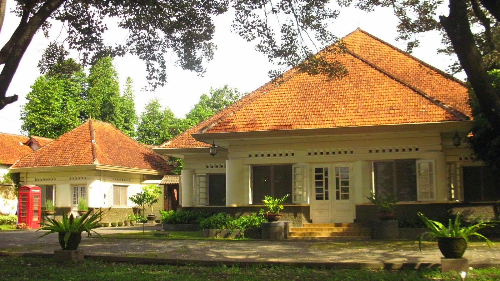 Rumah Model Kolonial Kuno Belanda Yang Masih Ada Di Indonesia