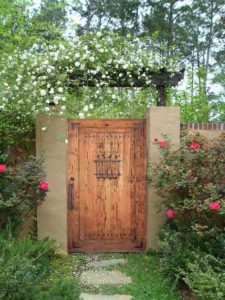 desain pintu gerbang untuk rumah yang bisa jadi inspirasi
