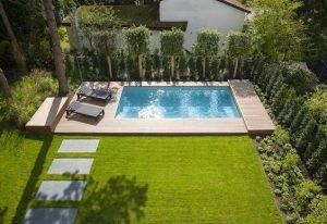 desain kolam renang kecil untuk rumah mungil yang bisa